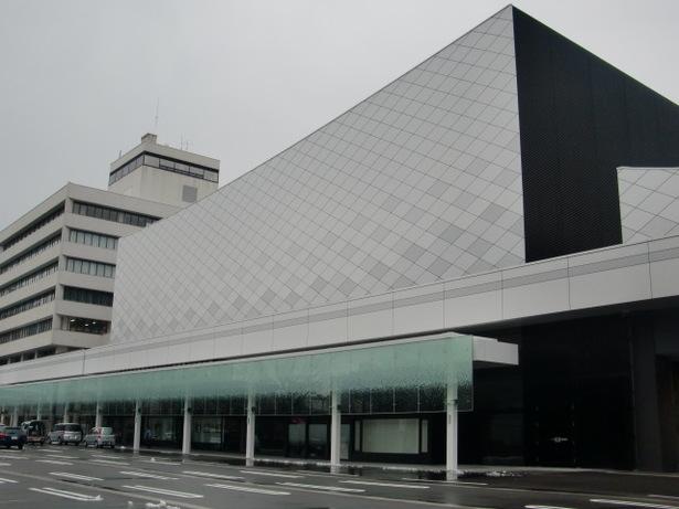 富山県 富山県民会館