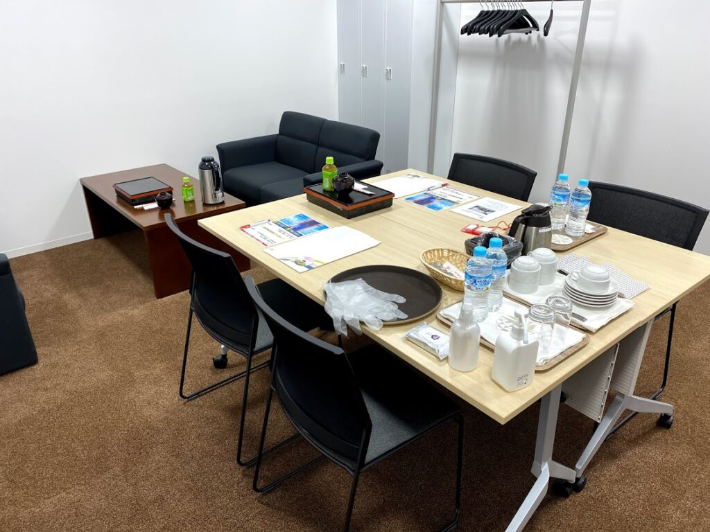 共催セミナー控室サービス